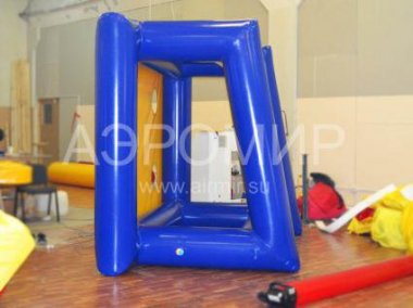 Inflatable gate attraction for entertainment