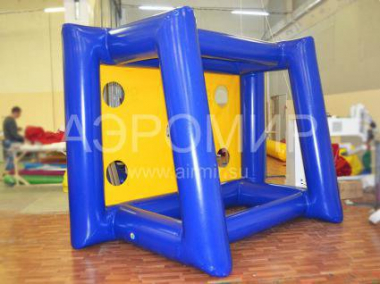 Inflatable gate rear view