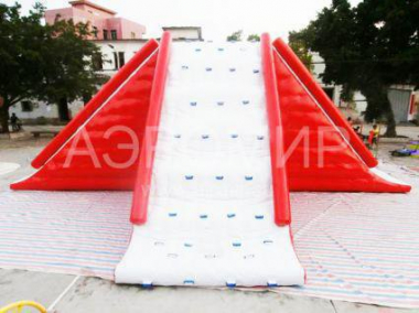 Inflatable water slide Giant with climbing wall