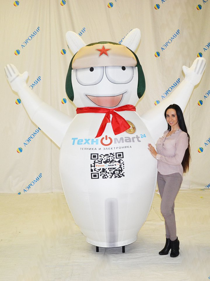 Individual inflatable figure for electronics store Tehnomart