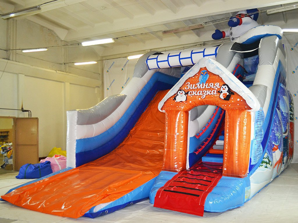 Inflatable winter slide (small) for the Park in Moscow