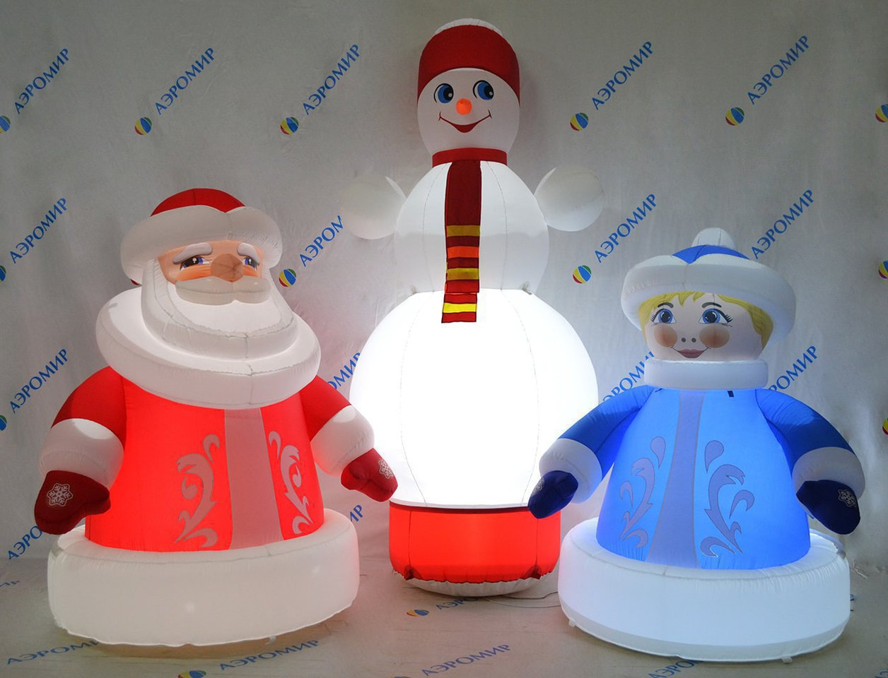 Bright set of Christmas inflatable figures (economy version)